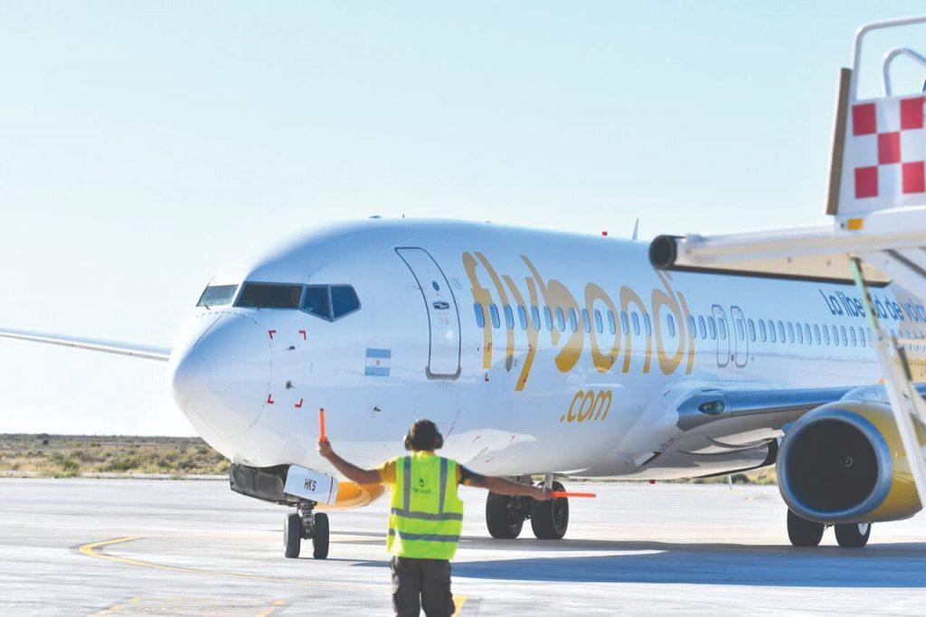 Flybondi é uma das empresas aéreas low-cost