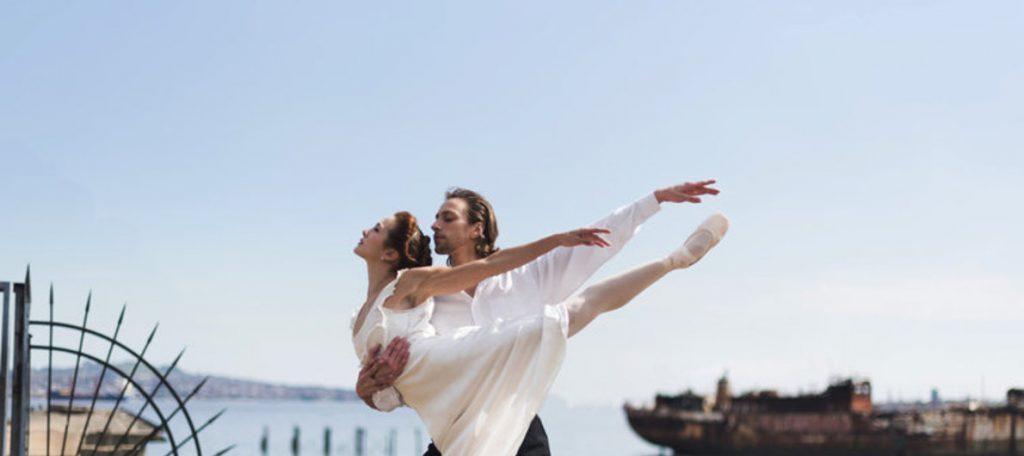 """Espetáculo """"Titanic"""" do Teatro Solis, que conta com acervo online intenso"""