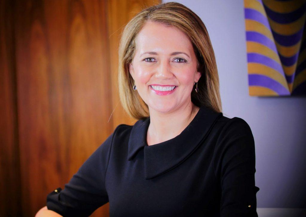 Viviane Vicente, consultora de etiqueta corporativa